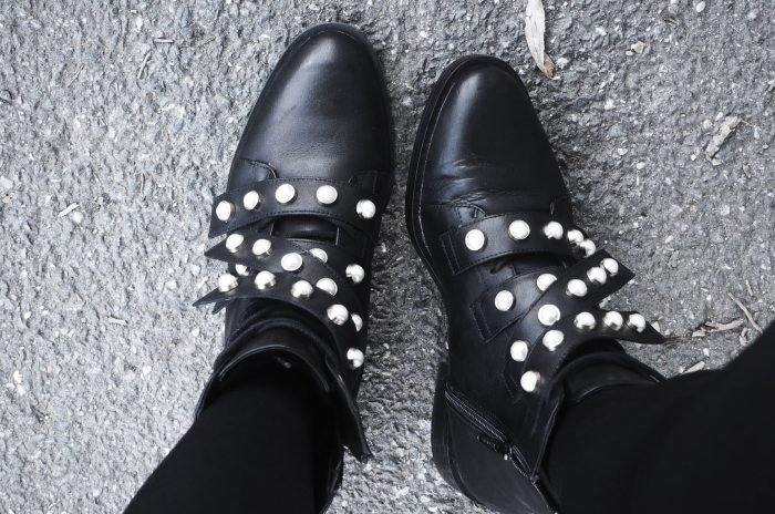 Tenue femme automne : bottes de perles